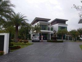 บ้านหรูในสนามกอล์ฟปัญญารีสอร์ท ชลบุรี