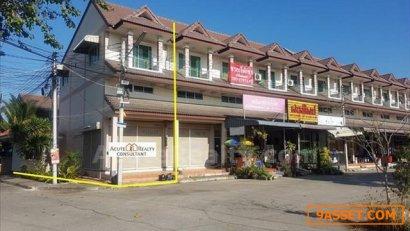 ขายตึกแถว อ.สันกำแพง จ.เชียงใหม่ ใกล้มินิมาร์ท ร้านอาหาร แหล่งชุมชน เดินทางเข้าเมืองเพียง 15 นาที
