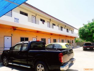 ขายหอพัก 19 ห้อง (พร้อมผู้เช่า) อยู่ใกล้ตลาดเทศบาลชะอำประมาณ 1 กม.