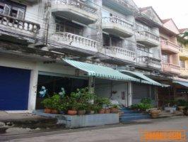 ขายอาคารพาณิชย์ 2ห้อง เสรีไทย 32 แบ่งขายได้