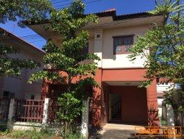 ต้องการขายด่วน บ้านแฝด 2ชั้น หมู่บ้านบุรีรัมย์ รังสิตคลอง4 ราคาถูก