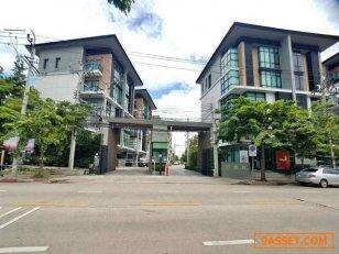 SM95 - ให้เช่า ตึกทำโฮมออฟฟิต 2 คูหา โครงการ Premium Place 2 ถนนสุคนธสวัสดิ์ พร้อมเข้าอยู่