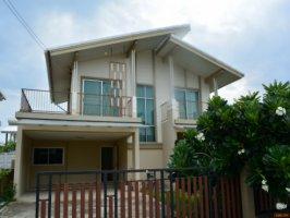 ขายด่วนบ้านเดี่ยวทำเลดีหลังมุม 2 ชั้นหมู่บ้านพฤกษาปูริชานบัว บางนา ก ม 5