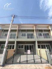 ขายบ้านใหม่ ทาวน์โฮม 2 ชั้น 2 หลังสุดท้าย ราคาถูกกว่านี้ไม่มีแล้ว❗ กว้างมาก ศรีราชา