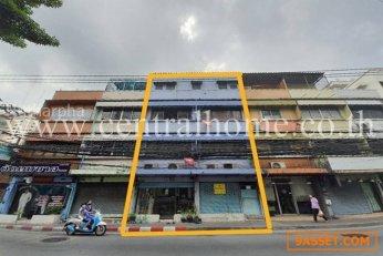 อาคารพาณิชย์ 2 คูหา ติดถนน ประชาสงเคราะห์ 18 เหมาะแกการค้าขาย