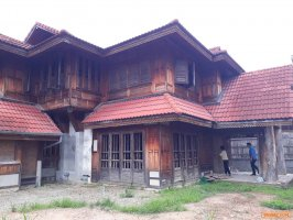บ้านไม้สักหลังงาม ฝีมือประณีต โซนหางดง