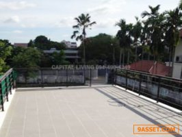 Single House & Private Pool Sukhumvit 63 For Rent