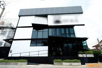 กิจการโรงแรม + ใบอนุญาตโรงแรม อาคารขนาด 560 ตร.ม. ใกล้รถไฟฟ้าหลักสี่ 700 ม. *เจ้าของขายเอง*