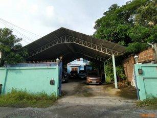 ขายด่วนบ้านพร้อมที่ดิน จรเข้บัว เขตลาดพร้าว กรุงเทพมหานคร 100วา 16ล T0940457914