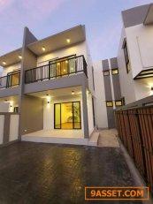 H636152 ขายบ้านแฝด 2 ชั้น โครงการสร้างใหม่ พื้นที่ 32.5 ตร.ว. โชคชัย 4