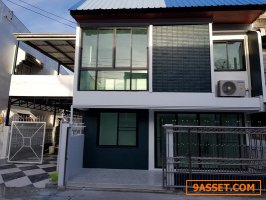 (เช่า) FOR RENT TOWNHOUSE BEARING / 3 beds 2 baths / 32 sqw.**22,000** NEAR BTS BEARING