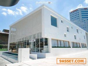 ขายถูก! อาคารสำนักงาน ศรีนครินทร์ (ใกล้สถานี BTS ศรีกรีฑา ในระยะเดินได้ 180 m.) 1-0-0 ไร่ อาคารขนาดใหญ่ 1400 ตร.ม. ตกแต่งสวยใหม่ อุปกรณ์ครบ