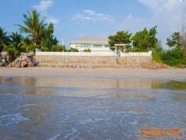 PS27 ขายบ้านพักตากอากาศ 390 ตรว ติดทะเลหาดปึกเตียน ชะอำ พร้อมสระว่ายน้ำ