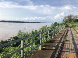 ขายที่ดินติดแม่น้ำโขง โพนพิสัย 7 ไร่ ทำเลนี้หายากที่ด้านหลังติดแม่น้ำโขง ด้านหน้าติดถนนหลวง