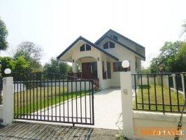 21373 ขายบ้านเชียงใหม่ บ้านฮิลล์ไซด์โฮม 2 ใกล้บ่อสร้าง ต้นเปา สันกำแพง เชียงใหม่ / Chiangmai House for Sale, on Hillside Home 2 Village, Near Borsang, Sankamphaeng, THAILAND.
