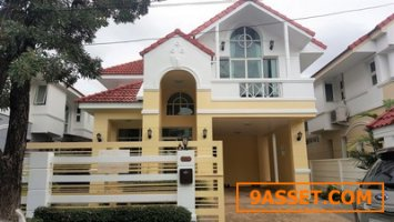 ขายบ้านเดี่ยว  บ้านบารเมษฐ์ ซอยเฉลิมพระเกียรคิ 62 60.5 ตรวา 3 นอน 3 นอน บ้านสวยพร้อมเฟอร์บิ้วทอิน
