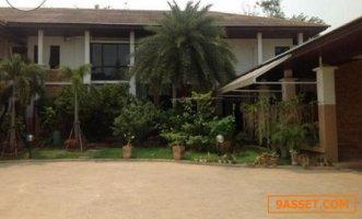 ขายบ้านเดียว 2 ชั้น หมู่บ้าน Royal Lakeside Bangprakong บ้านสวย หมู่บ้านเลคไซด์วิลล่า 3 บางประกง ขายราคา 29 ล้าน