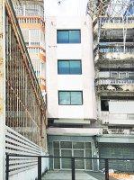 63062 ขาย อาคารพาณิชย์ 4 ชั้น ถนน รัตนาธิเบศร์ บิ้วอิน ข้างใน  เหมาะแก่การทำธุรกิจ