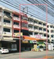 63311  ขาย อาคารพาณิชย์ พร้อมกิจการ ร้านอาหารญี่ปุ่น ติดริมถนน ซอย ท่าข้าม 7  ทำเลดี