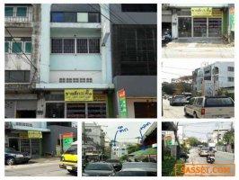 ขายด่วนอาคารพาณิชย์ ติดถนนในซอยถนนลาดพร้าว87 ใกล้ตลาด แหล่งชุมชน ห้างเซ็นทรัล