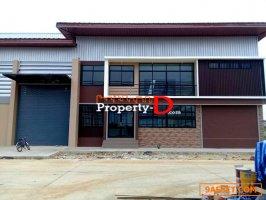 โกดัง โรงงานนครปฐม สร้างใหม่ ในโครงการ Platinum Factory 3 พื้นที่ 851 ตรม. โรง 2 ถนนศาลายา -บางเลน