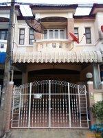 ขายทาวน์เฮ้าส์ 18 ตรว. ม.ปาริชาต ทางหลวง 345 บางคูวัด ปทุมธานี 1,370,000 บาท พร้อมอยู่ 2 ห้องนอน 2 ห้องน้ำ 2 แอร์