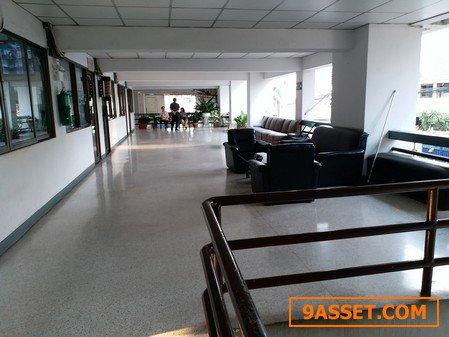 ขายถูก สำนักงาน 24 ตรม.อาคารวิภาวดีเพลสชั้นที่ 2 ซอยอินทามระ 35 ดินแดง  กรุงเทพฯ