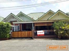 ขาย บ้านแฝด หนองมน ชลบุรี ปูกระเบื้องทั้งหลัง ราคาถูก บ้านคุ้มค่า สภาพสวย สุดคุ้ม พร้อมเข้าอยู่