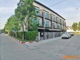 ให้เช่าบ้านกลางเมือง พหลโยธิน 50 ทาวน์โฮม3ชั้นราคาถูก!!!ที่สุดในโครงการ