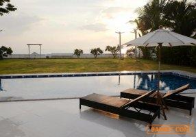 HS 570 ขายบ้านเดี่ยว 2 ชั้น พร้อมสระว่ายน้ำ ติดทะเลหาดปึกเตียน เพชรบุรี