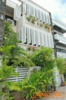 House For Sale 3-storey townhouses Soi Aree 14,000,000THB