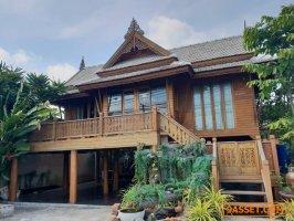 รหัส R671  ให้เช่า บ้านทรงไทยริมถนนคลองหลวง คลองสาม ปทุมธานี เหมาะทำธุรกิจได้หลายอย่าง