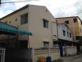 ขายหอพัก 19 ห้อง ในตัวเมืองเชียงใหม่ ใกล้มหาวิยลัยราชภัฏเชียงใหม่