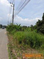 ขายที่ดินเปล่า  ติดถนนสายหลัก เส้นทางต้นลำดวน-วัดมาบจันทร์ เนื้อที่ 8 ไร่