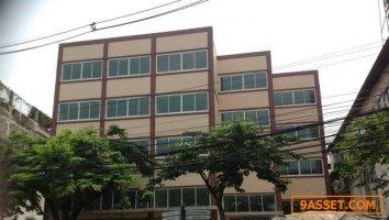 ขายอาคารพาณิชย์ใหม่ 5 คูหา ติด ถ.ปิ่นเกล้า ทำเลดีมาก ขนาด 151 ตรว.