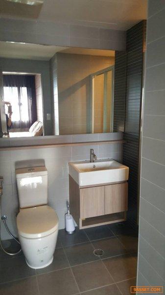 ขายคอนโดพร้อมอยู่ 1 ห้องนอน ชั้น 5 แอล ลอฟท์ รัชดา 19