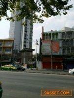 W22  ขายอาคารพาณิชย์ ติดถนนลาดพร้าว ระหว่างทางขึ้นลงใต้ดินสถานีลาดพร้าว
