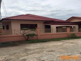 ขายบ้านเดี่ยวเมืองอุทัยธานีราคาสุดคุ้ม สนใจติดต่อ คุณกัณย์ลภัส  0979424465