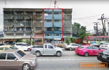 อาคารพาณิชย์ 4.5 ชั้น เนื้อที่ 34.1 ตร.ว.  ถนนพิบูลสงคราม