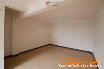 ขายอาคารพาณิชย์ ติดรถไฟฟ้าสายสีส้ม สถานีเคหะราม ปากซอยรามคำแหง 190 เขตมีนบุรี