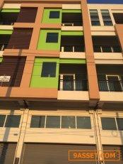 ขายอาคารพานิชย์ 4 ชั้นครึ่ง บ้านรัชวิภา พุุทธสาคร 3 ห้องนอน 4 ห้องน้ำ