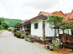 บ้านไม้สัก, ห้องสัมมนา,บ้านเช่า, ห้องเช่า พร้อมร้านอาหาร  7-1-77 ไร่  อ.วิเชียรบุรี จ.เพชรบูรณ์