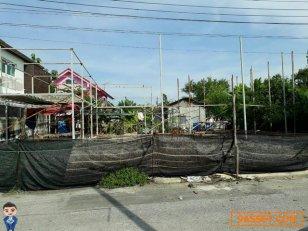ขายที่ดินใกล้ร้านสะดวกซื้อ กลางหมู่บ้านเอื้ออาทรหนองจอก