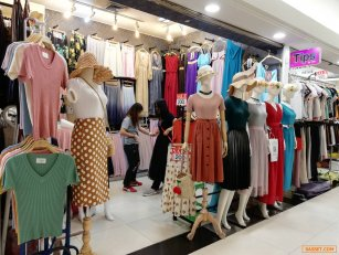 เช่า-เซ้ง ร้านค้าภายในศูนย์การค้าเดอะแพลตตินั่มแฟชั่นมอลล์ ประตูน้ำ ชั้น3 โซน1 (ตึกเก่า) ทำเลดีใกล้ลิฟท์ ลูกค้าเยอะทั้งคนไทยและต่างชาติ