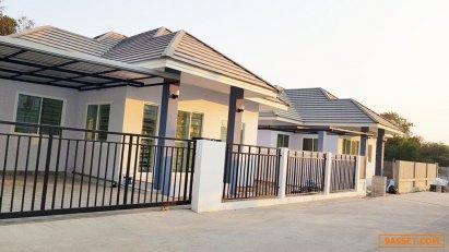 ขายบ้านเดี่ยวชั้นเดียว บ้านสร้างใหม่ โครงการภัทรภร หินกอง อยู่ด้านหลังนิคมหนองแค สระบุรี