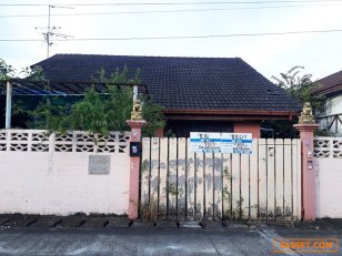 บ้านเดี่ยวเนื้อที่ 102 ตรว.(2แปลง) หมู่บ้านดารารัศมี ซ.กระทุ่มล้ม1