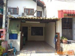 ขายทาวน์เฮ้าส์ 18 ตร.ว. สูง 2 ชั้น 2 นอน 2 น้ำ หมู่บ้านริมสวน ท่าอิฐ นนทบุรี