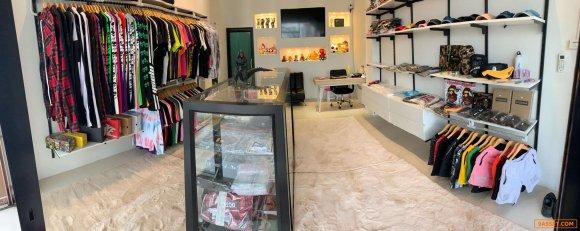 เซ้ง!! ร้านเสื้อผ้าแฟชั่น พร้อมของทั้งร้าน @หลังห้างแหลมทอง ใกล้ตลาดปาร์คอิน ( บางแสน ชลบุรี )