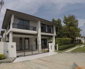 ขายบ้านเดี่ยว 3ห้องนอน โครงการบุราสิริ เกาะแก้ว ตรงข้ามโรงเรียนนานาชาติ ภูเก็ต (บ้านเดี่ยว สองชั้น หัวมุม ติดสวน)