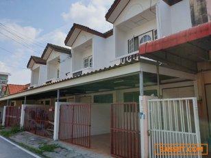 บ้านทาวน์เฮ้าส์ให้เช่ากลางเมืองระยอง 2ชั้น 2ห้องนอน  2ห้องน้ำ ใกล้ สถานที่ราชการ โรงพยาบาล.